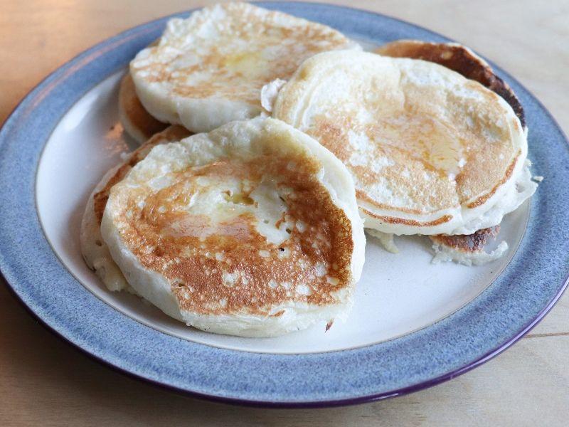 Aunt Em's Buttermilk Pancakes